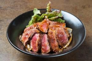 ステーキ丼_リサイズ